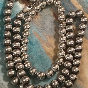 Jewelry - FLASH SALE!!  Sterling Silver necklace.